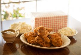 Order your Fried Chicken for picnics!